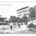 place-gambetta amour kiosque